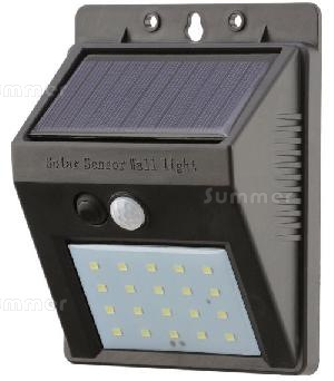 SUMMERHOUSES xx - Solar powered outside lights with motion sensors - no running costs