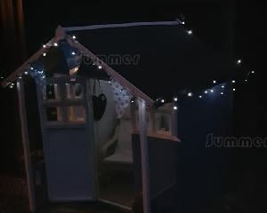 SUMMERHOUSES xx - Solar powered string lights